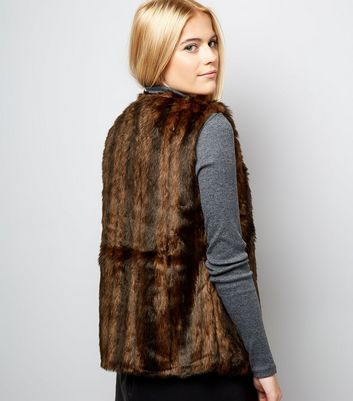 Mela Brown Faux Fur Gilet New Look