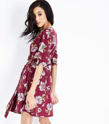 Tall Red Floral Wrap Dress New Look