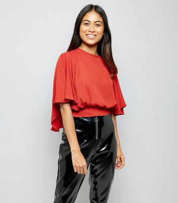 Petite Rust Shirred Hem Flutter Sleeve Top New Look