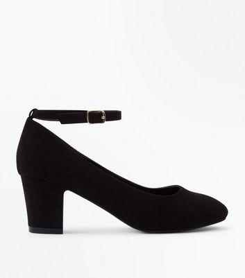 Wide Fit Black Suedette Block Heel Courts New Look