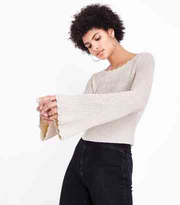 Stone Flared Sleeve Scallop Edge Jumper