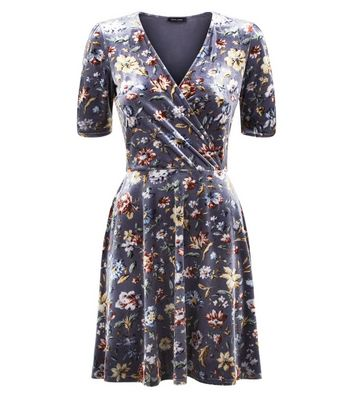 Light Grey Floral Velvet Wrap Dress New Look