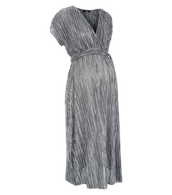 Maternity Grey Plisse Wrap Dress New Look