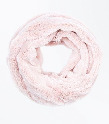 Pink Teddy Faux Fur Snood New Look