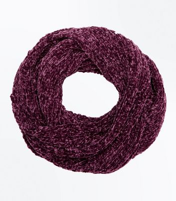 Burgundy Chenille Snood New Look
