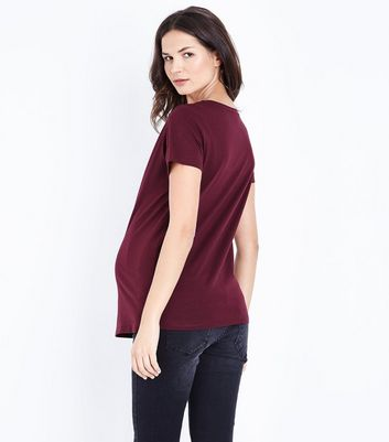 Maternity Burgundy Lace Yoke T-Shirt New Look
