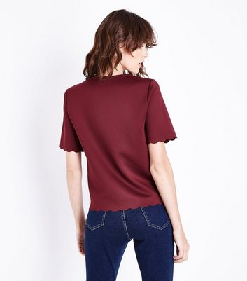 Burgundy Scallop Hem T-Shirt New Look