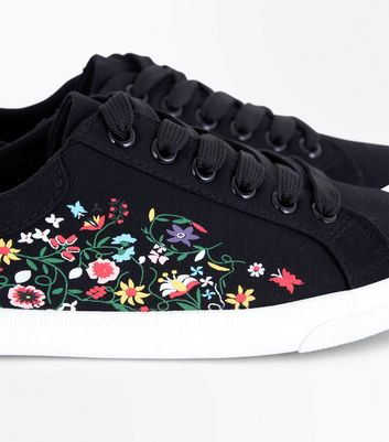 Black Floral Print Lace Up Trainers New Look