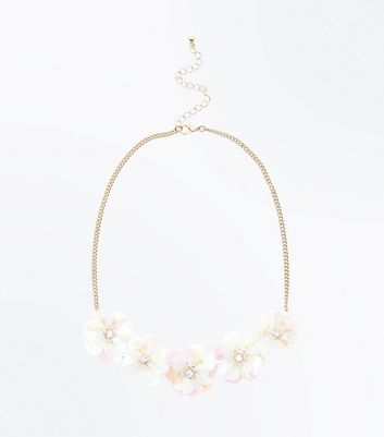 White Sequin Flower Necklace New Look