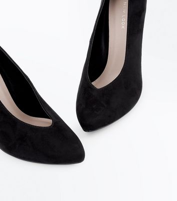 Black Suedette V Front Court Shoes New Look