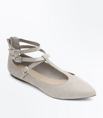 Wide Fit Grey Suedette T-Bar Pointed Pumps New Look