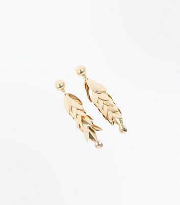 Gold Overlapping Leaf Drop Earrings New Look