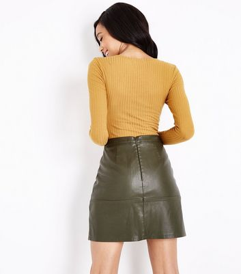 Tall Mustard Yellow V Neck Long Sleeve Bodysuit New Look