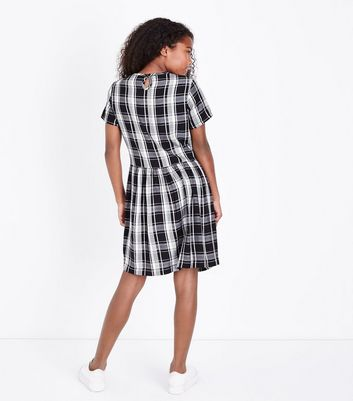Teens Black Check Smock Dress New Look