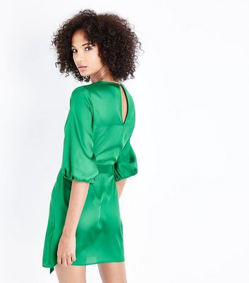 Green Satin Puff Sleeve Belted Tunic Dress New Look