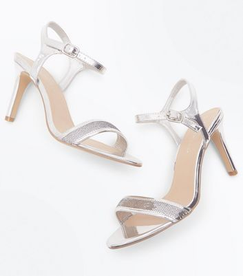 Wide Fit Silver Metallic Sequin Strap Sandals New Look