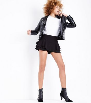 Cameo Rose Black Frill Skort New Look