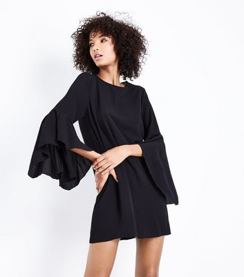 Black Bell Sleeve Tunic Dress New Look