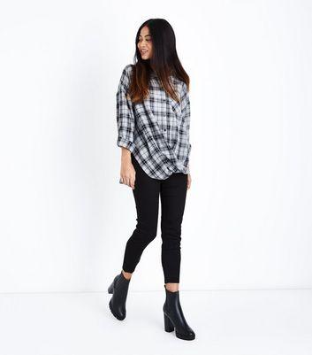 Petite Black Check Twist Hem Shirt New Look