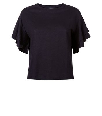 Petite Black Tiered Angel Sleeve T-Shirt New Look