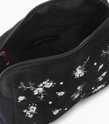 Black Floral Rectangle Pouch New Look