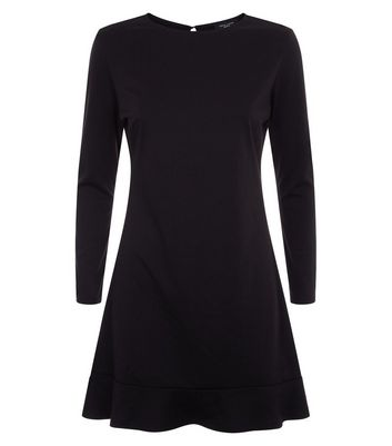 Petite Black Frill Hem Long Sleeve Dress New Look