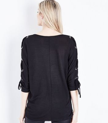 Black Fine Knit Eyelet Batwing Sleeve Top New Look
