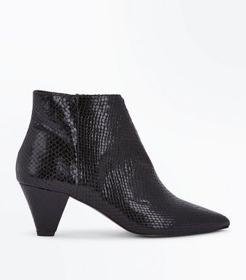 Black Premium Leather Snakeskin Texture Heeled Boots New Look
