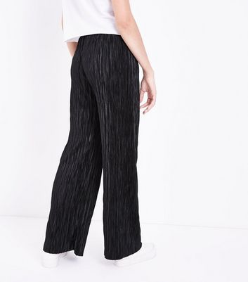 Teens Black Plisse Trousers New Look