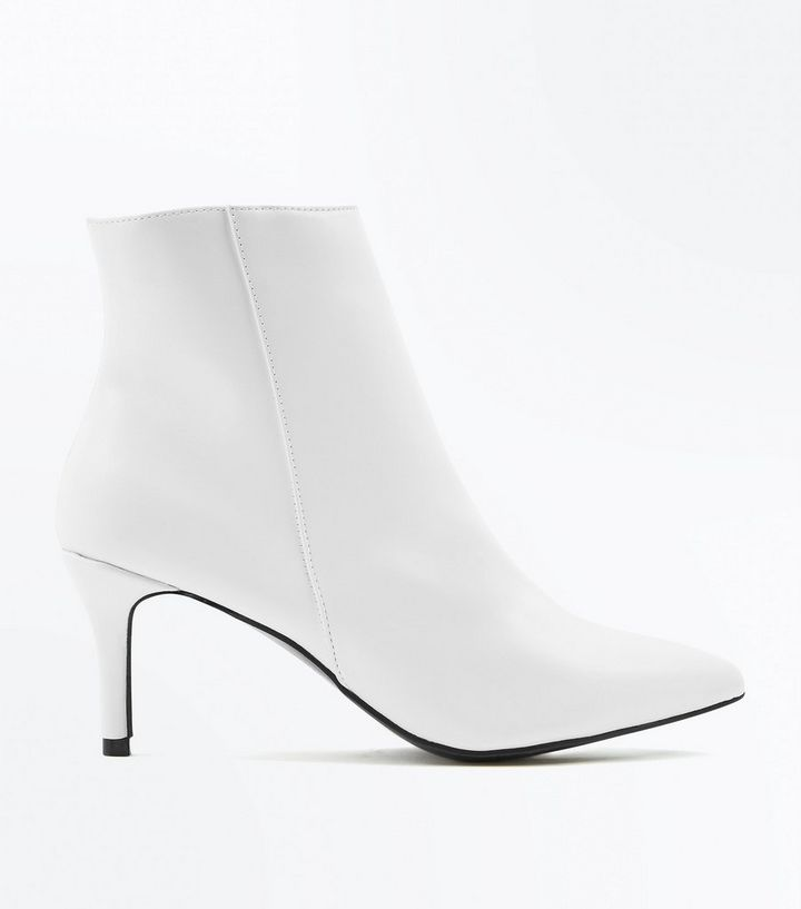 8548182ed48 White Kitten Heel Pointed Ankle Boots | New Look