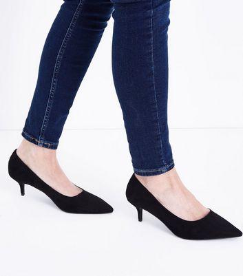 Wide Fit Black Suedette Kitten Heel Courts New Look