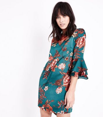 Cameo Rose Green Floral Tiered Sleeve Shift Dress New Look
