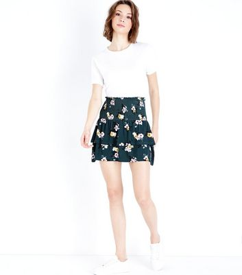 Green Floral Tiered Skirt New Look