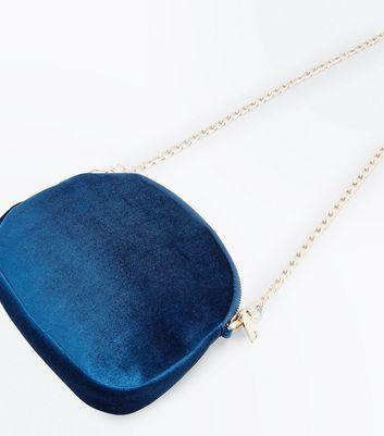 Blue Velvet Floral Chain Strap Shoulder Bag New Look