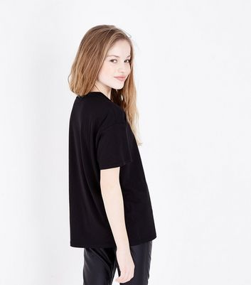 Teens Black Ladder Front V Neck T-Shirt New Look