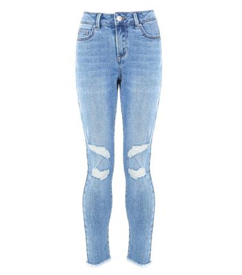 Teens Blue Ripped Knee Fray Hem Skinny Jeans New Look