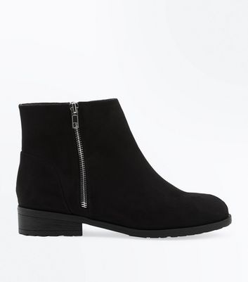 Wide Fit Black Suedette Zip Side Ankle Boots New Look