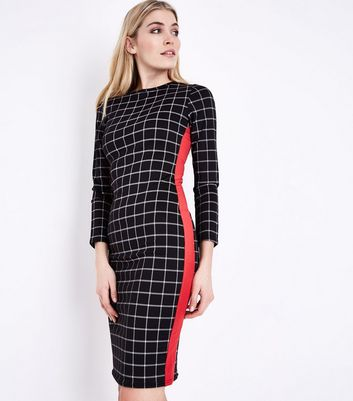 Innocence Black Check V Neck Shift Dress New Look