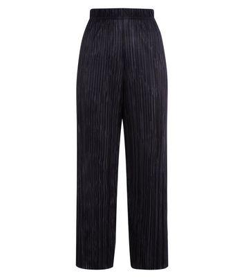 Black Plisse Cropped Side Stripe Trousers New Look