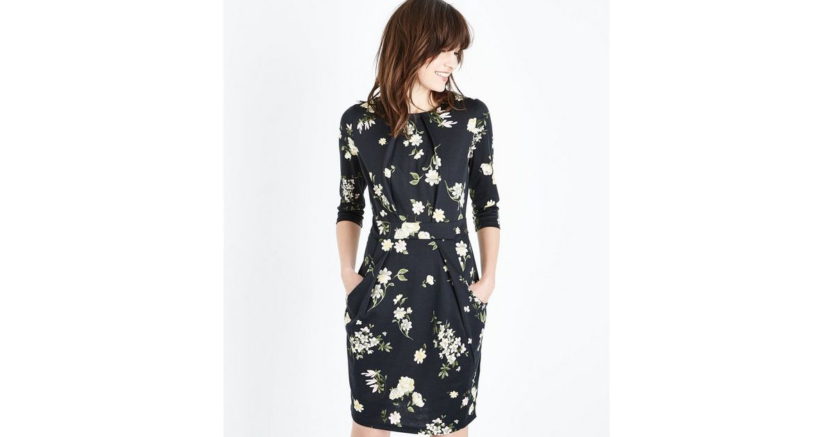 Robe Tulipe Noire A Imprime Floral New Look