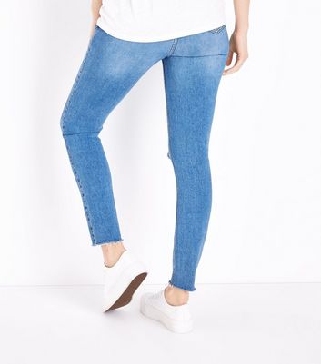 Maternity Pale Blue Ripped Under Bump Jeans New Look