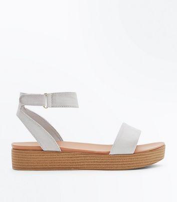 Sandales vertes en deux parties à plateformes New Look