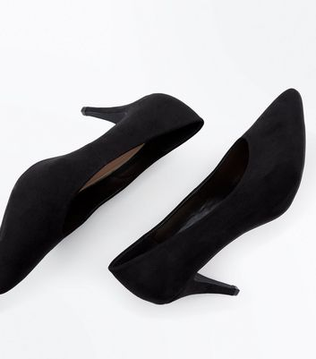 Black Suedette Pointed Court Shoes New Look