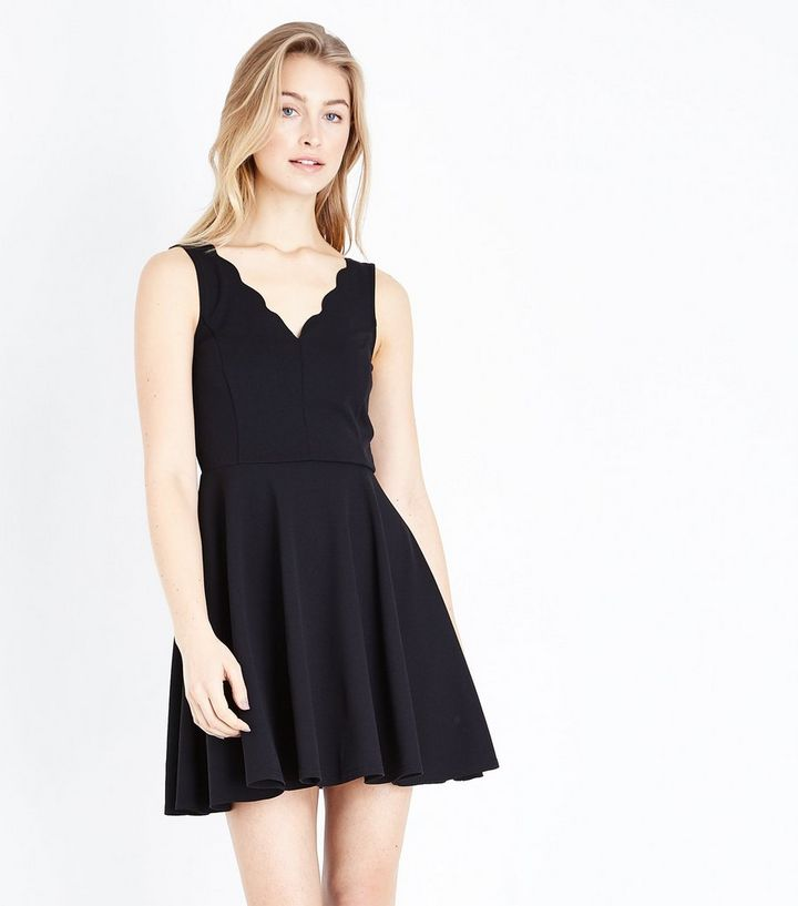 Black Scallop V Neck Sleeveless Skater Dress  32e44ae3f2