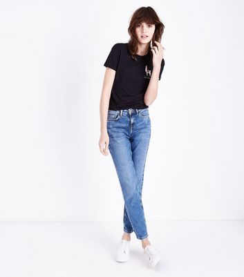 Black No Probllama Embroidered T-Shirt New Look