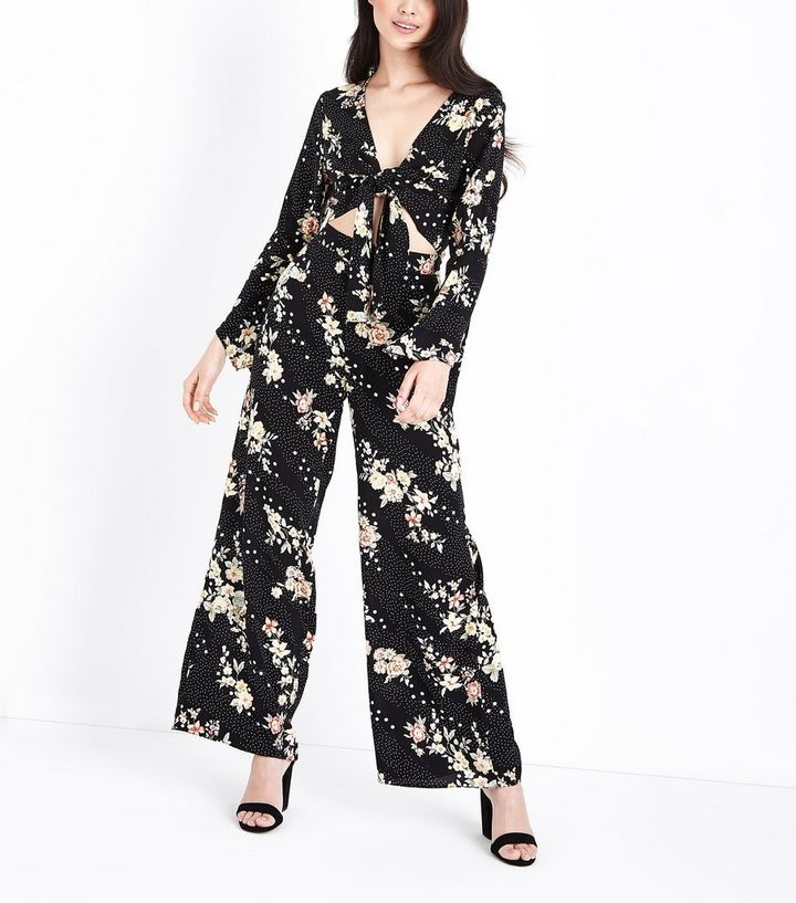 8c16318781 Petite Black Floral Spot Print Wide Leg Trousers   New Look