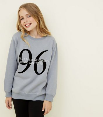 "Girls – Graues, langes Sweatshirt mit ""96 United States""-Aufdruck"