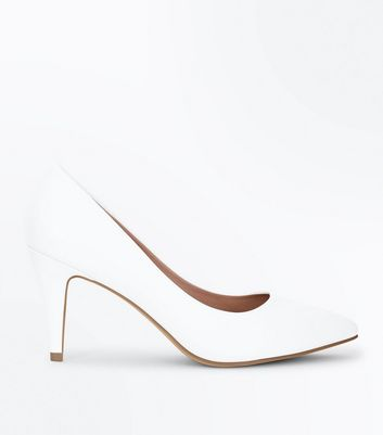 Wide Fit White Mid Heel Pointed Court Shoes