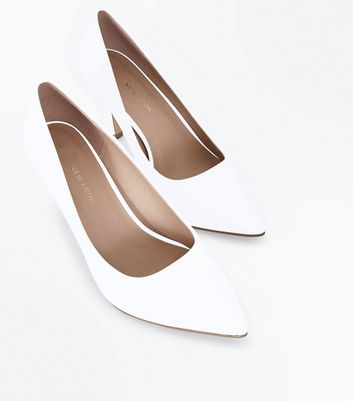 Wide Fit White Mid Heel Pointed Court Shoes New Look