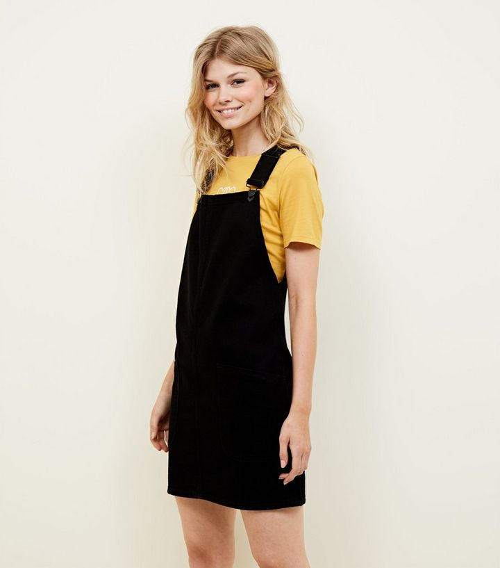 769df87655c72 Petite Black Denim Pinafore Dress | New Look